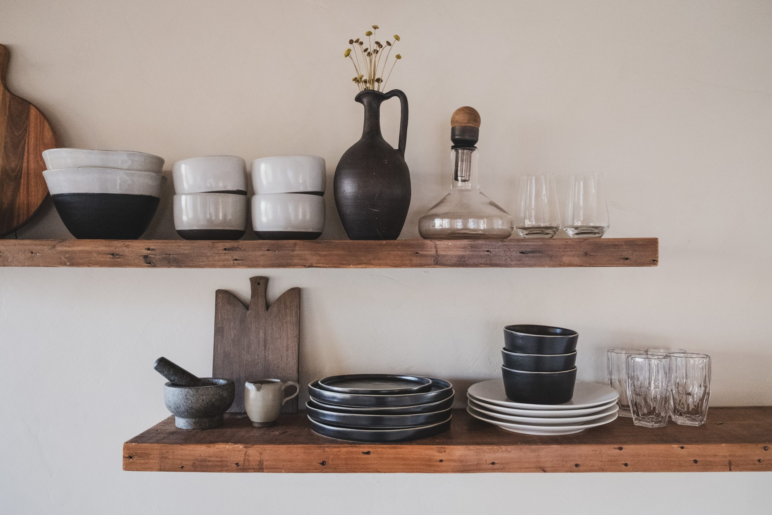 Using shelves in your downsized home